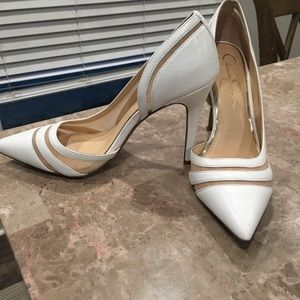 Jessica Simpson white pump